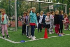 Sportowe zmagania pierwszaków